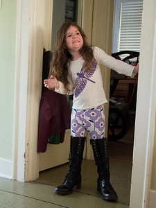 Violet tries on some of Jen's boots!